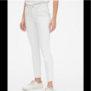Gap women's mid rise white legging denim